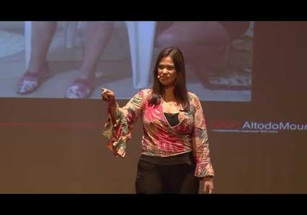 Por que acredito na Educação como ferramenta de protagonismo? | Patrícia Barreto | TEDxAltodoMouraED